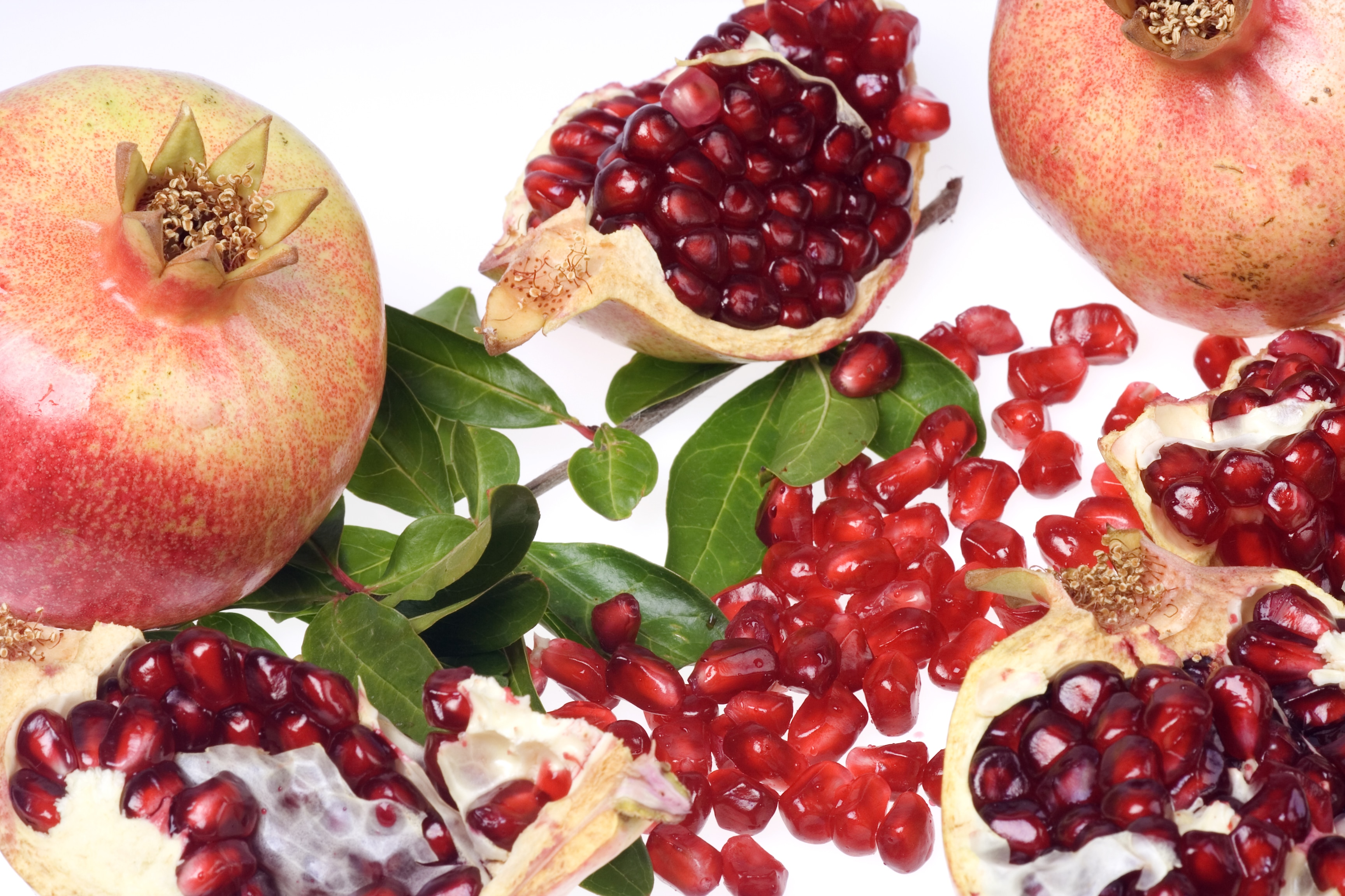 Pomegranates in Israel and the Bible - ONE FOR ISRAEL Ministry